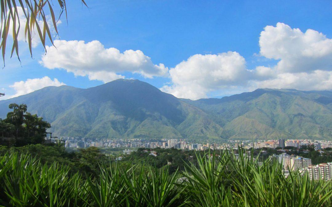 Caracas: Al pie de la montaña